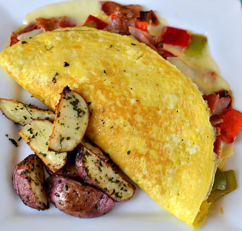 Whats in a Denver Omelette?