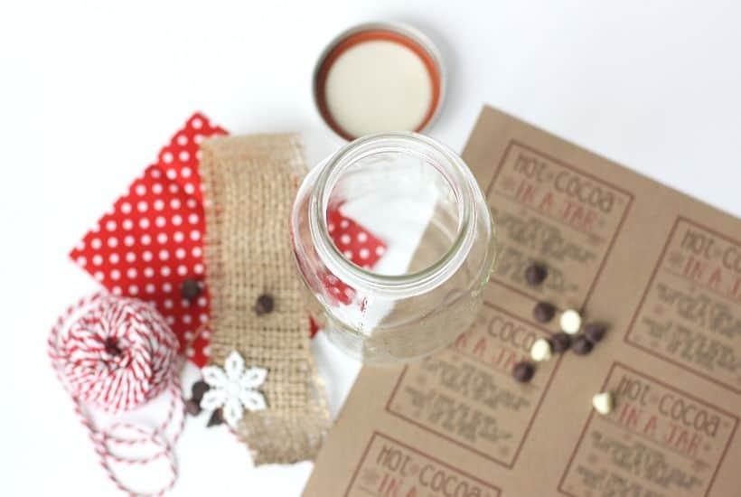 Hot Cocoa In A Jar Gift Idea The Farm Girl Gabs