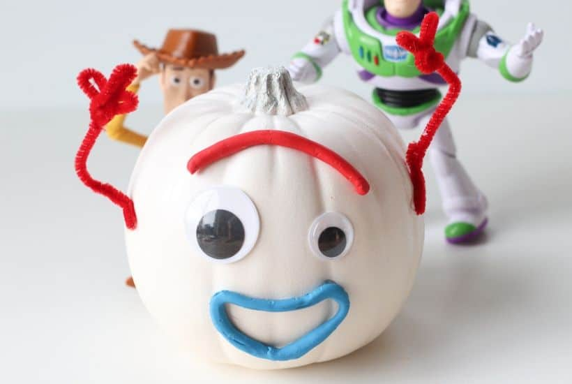 Your kids will love making this easy Toy Story 4 Forky Pumpkin craft for Halloween.