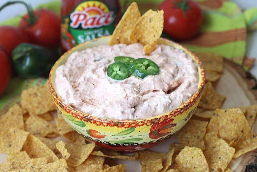 2-Ingredient Salsa Dip for Game Day