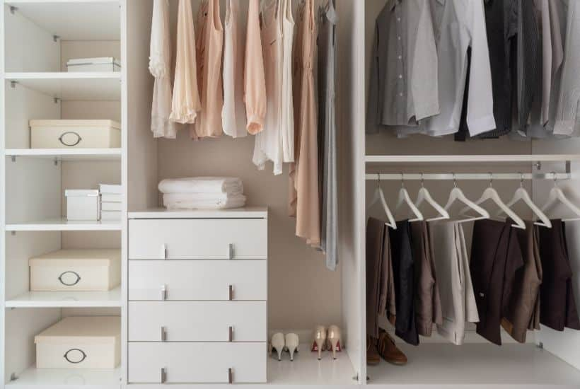 Declutter your life with this free printable KonMari checklist. By following the KonMari method, you can organize your home and life. It's easy and will take you step by step through the entire KonMari Organization process. #KonMari #HomeOrganizationTips #KonMariMethod #cleaninghacks