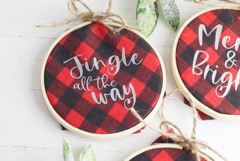 Buffalo Plaid Hoop Ornaments feature
