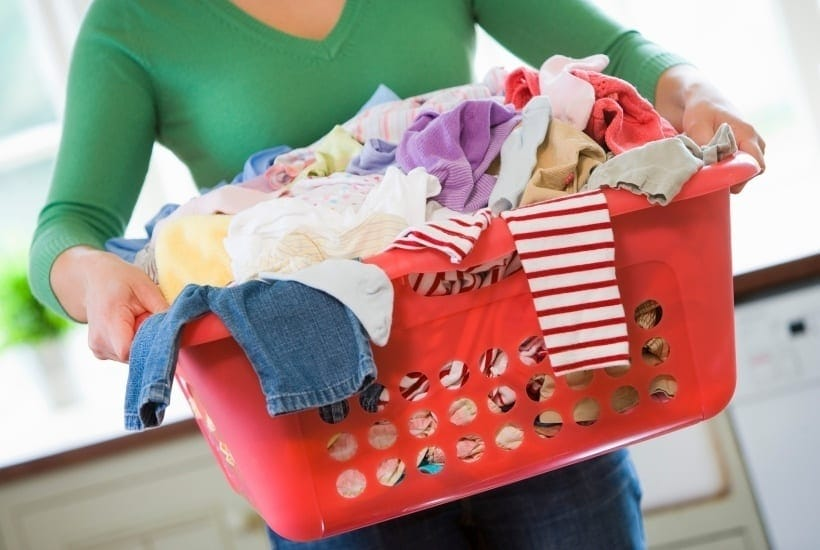 Does it ever feel like sometimes spring cleaning your home just isn't realistic? I have some helpful tips and an Ultimate Spring Cleaning To Do List Every Mom Needs. Be sure to check out these helpful spring cleaning tips. Your house and home will be clean in no time. #SpringCleaning #CleaningTips #Home #DIYIdeas