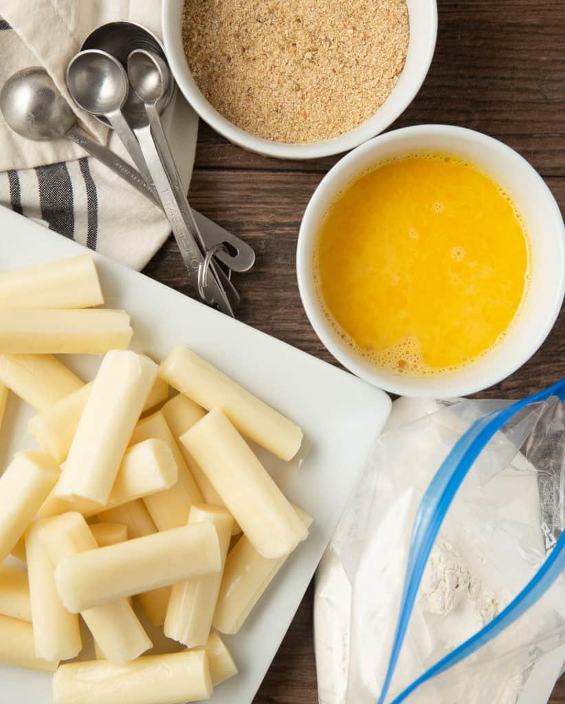 how to bread mozzarella sticks