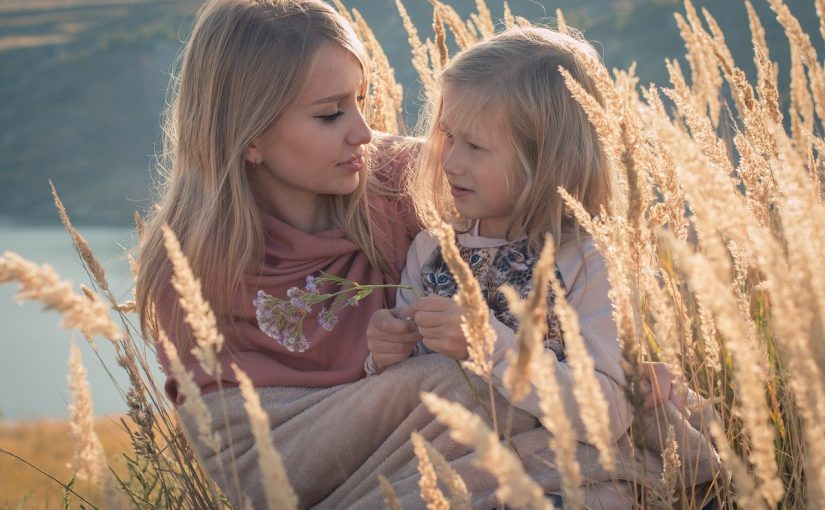 Overbelasting bij moeders, laat homeopathie de balans herstellen.