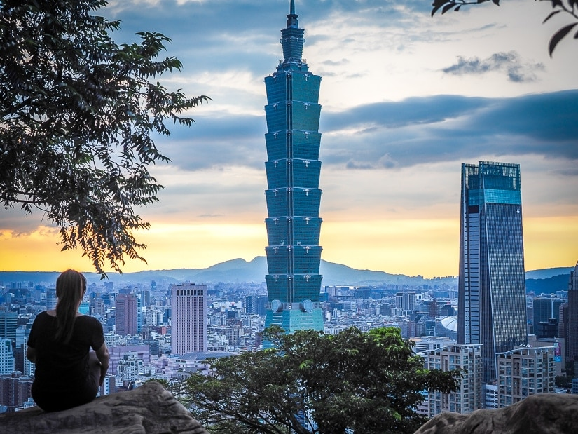 View of Taipei from Elephant Mountain, an absolute must when spending 5 days in Taipei