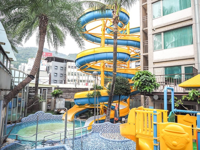 A hot water slide at Jiaoxi Art Spa Hotel, the best hot spring for kids in Yilan