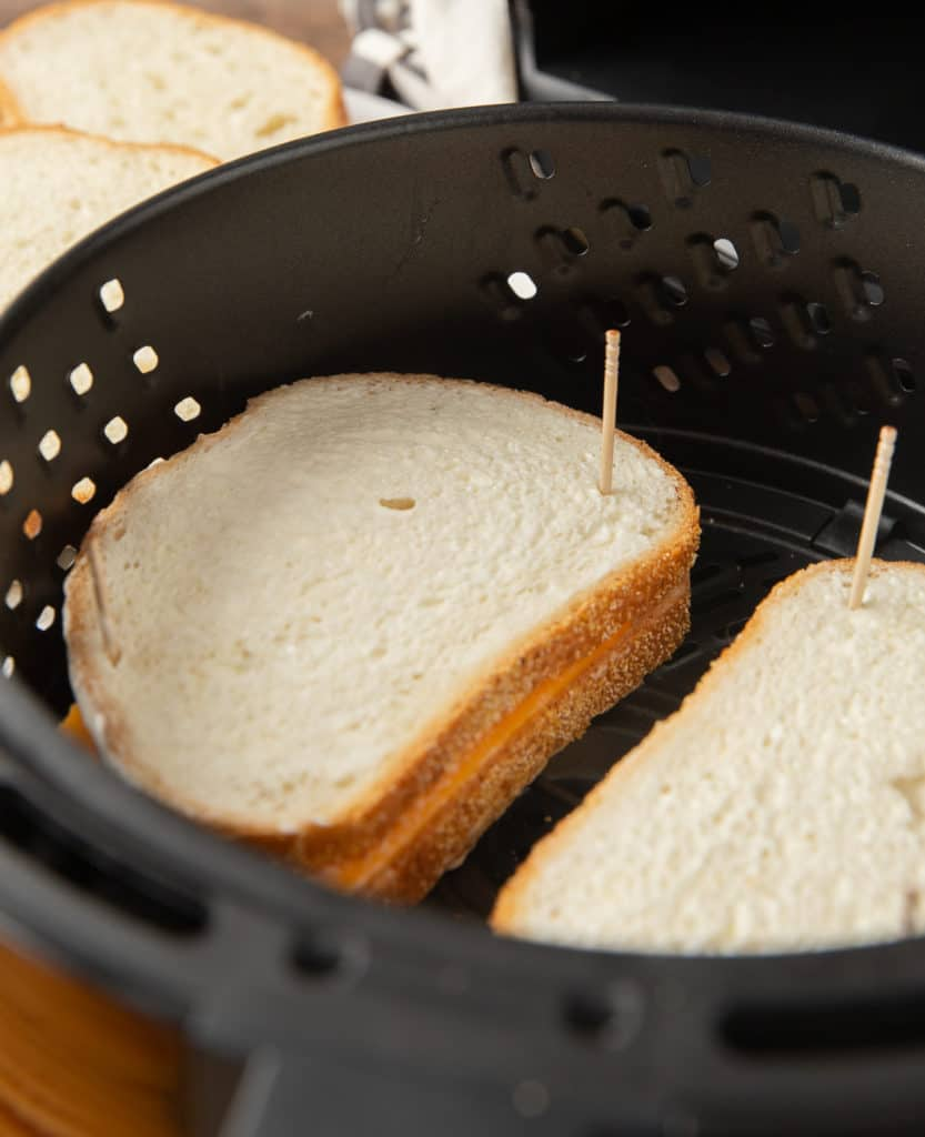 how to secure bread and cheese with toothpicks in the air fryer