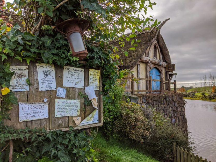 visiting hobbiton in new zealand - photo opps