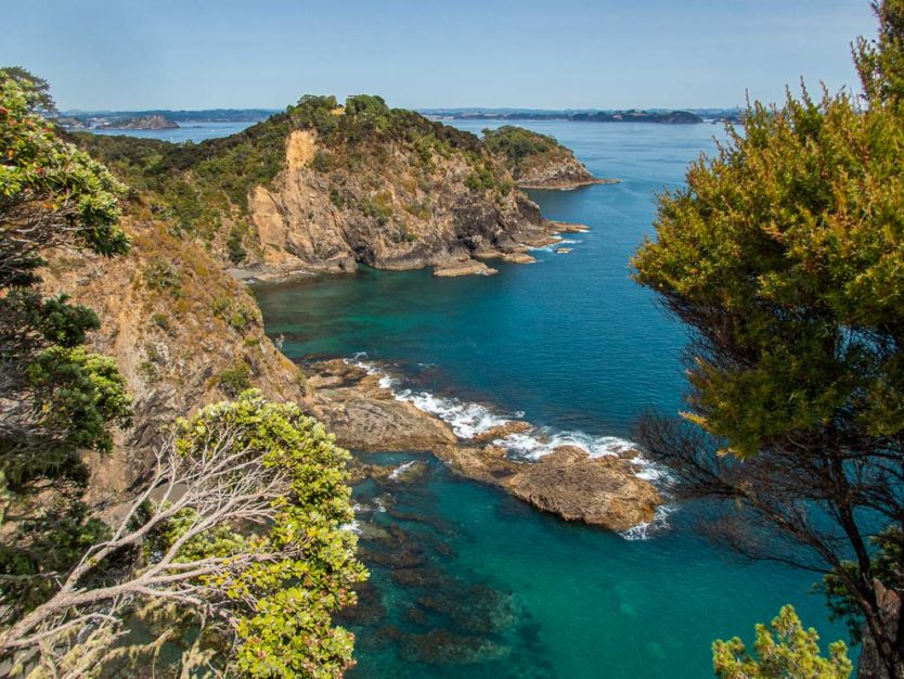 Motuarohia bay of islands explorations on rock the boat