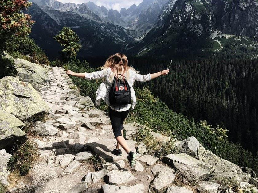 adult-adventure-beautiful-climb