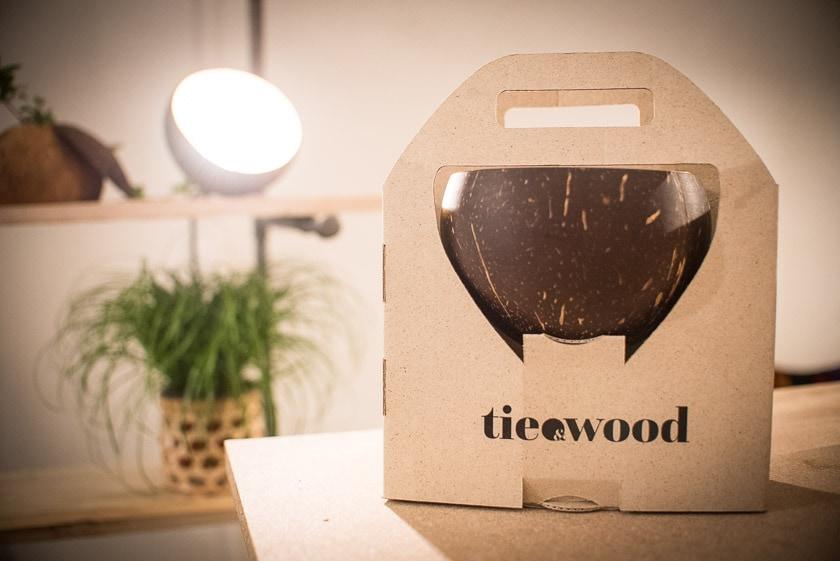 Tie and Wood Kokos Coca Coconut