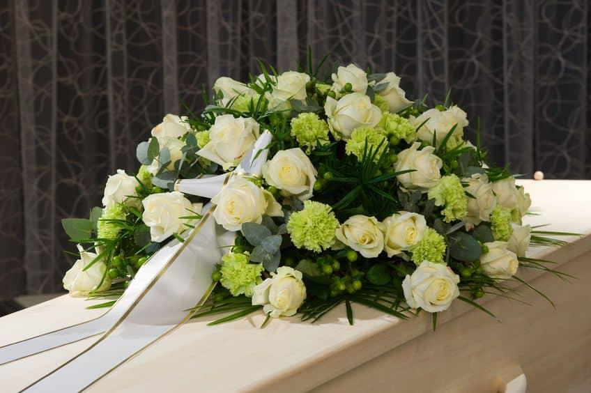 precio centros de flores para difuntos