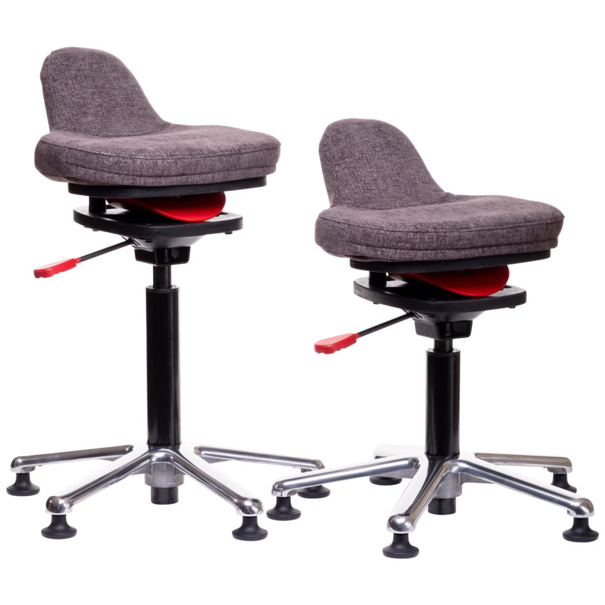 ariel active chair by QOR360 sizes grey fabric