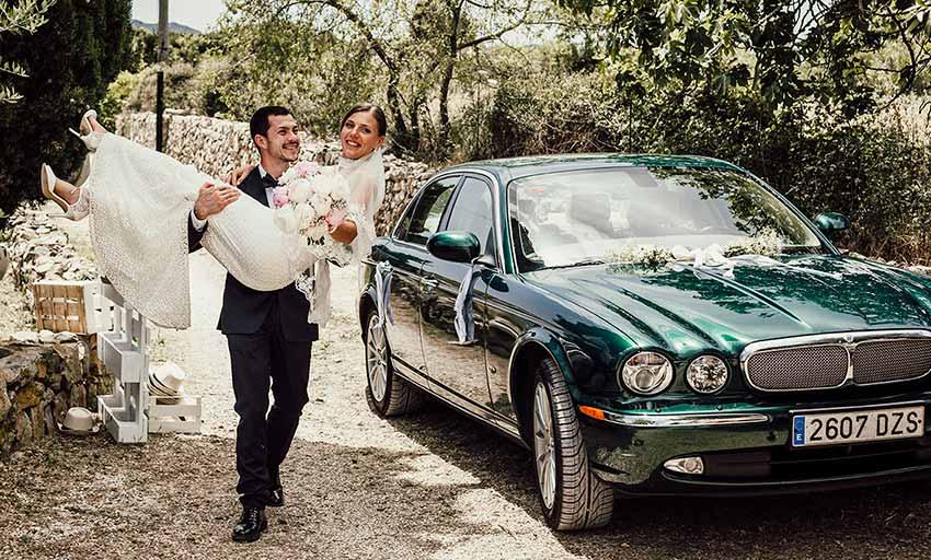 wedding photographer in Mallorca entering