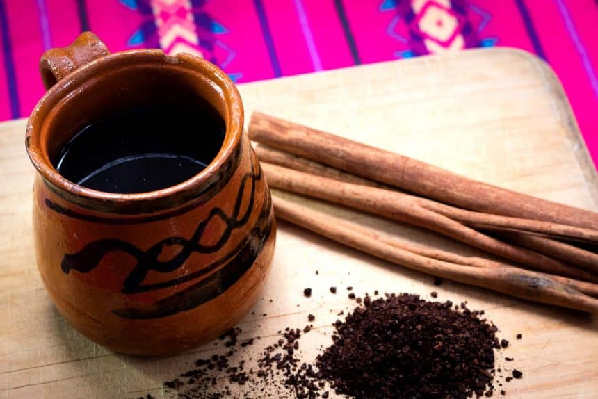 Mexican Drinks - Coffee in a clay pot (Café de Olla)