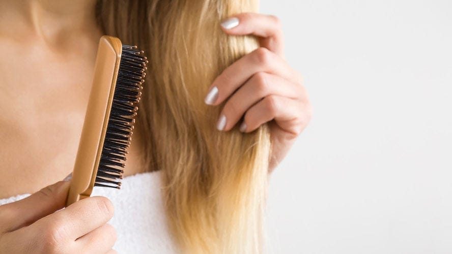 Benefits of sulfate-free shampoo - manageable hair