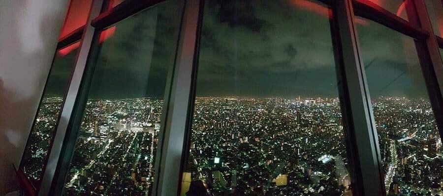 ke tokyo sky tree malam hari