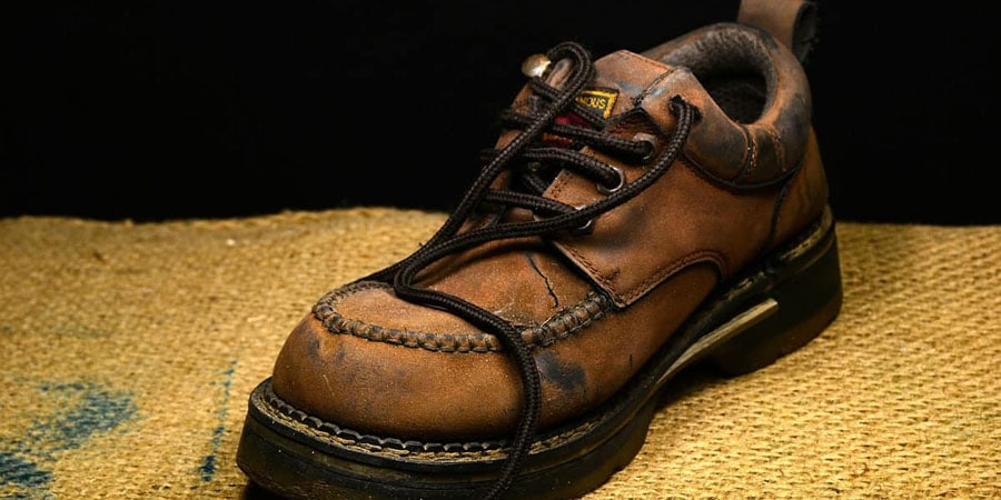 leather boots care from odor