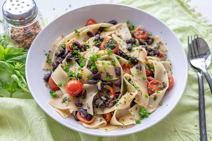 Parsley Black Beans & Tomatoes Pasta, gluten free