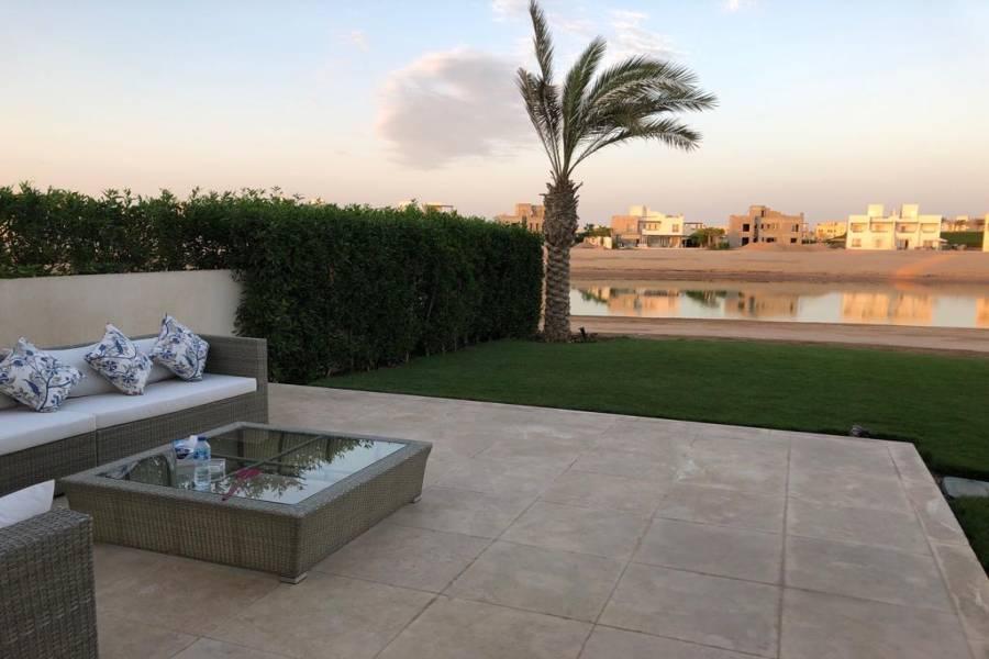 Twin Villa in El Gouna For Sale, Twin Villa Resale in El Gouna