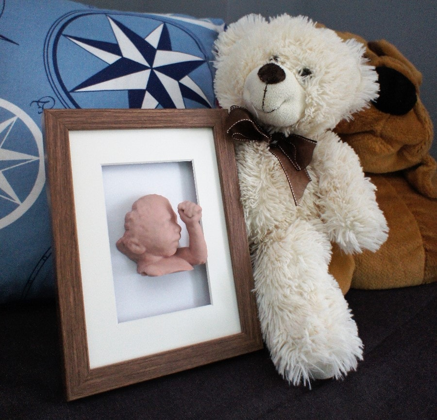 3D baby model with photo frame sandstone