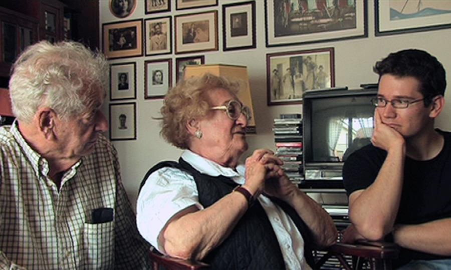 Lotte Brainin mit Ehemann und Enkelsohn
