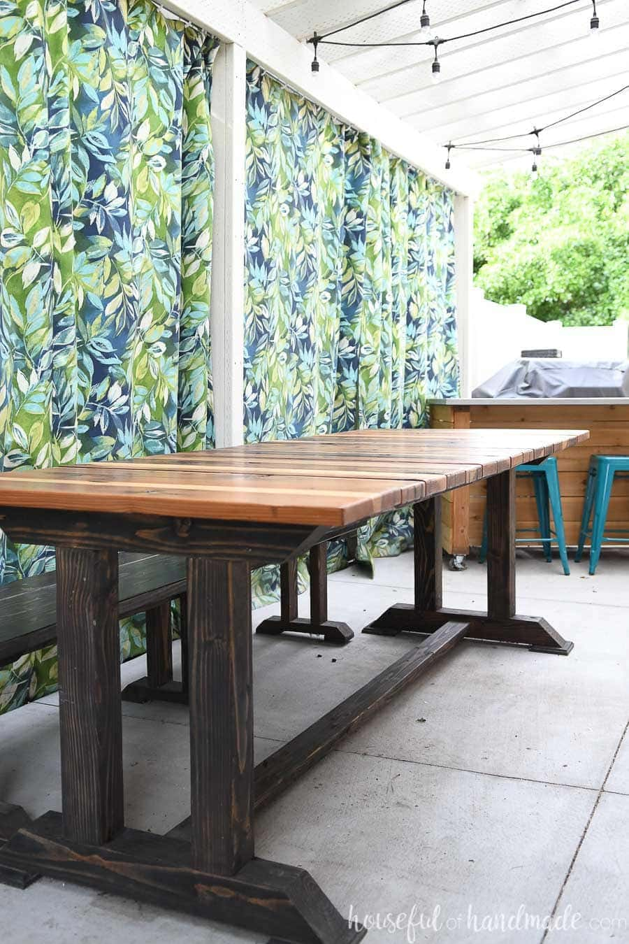 Redwood topped modern picnic table build.
