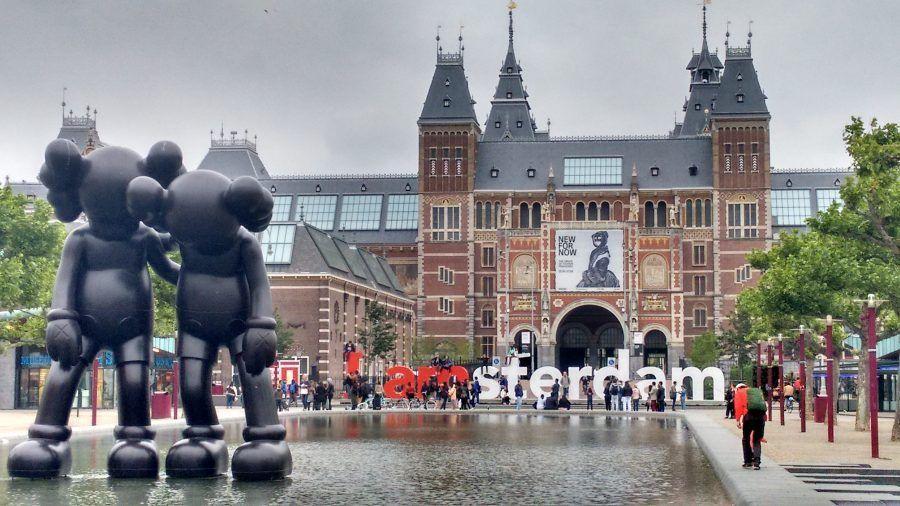 Amsterdam frente al museo  Rijksmuseum