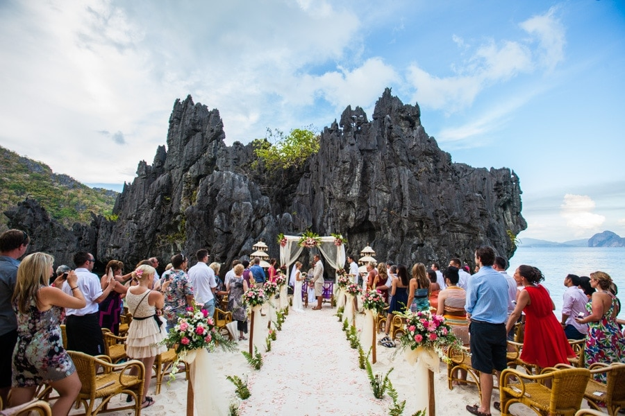 Philippines destination wedding ceremony photo by El Nido photographer Julian Abram Wainwright