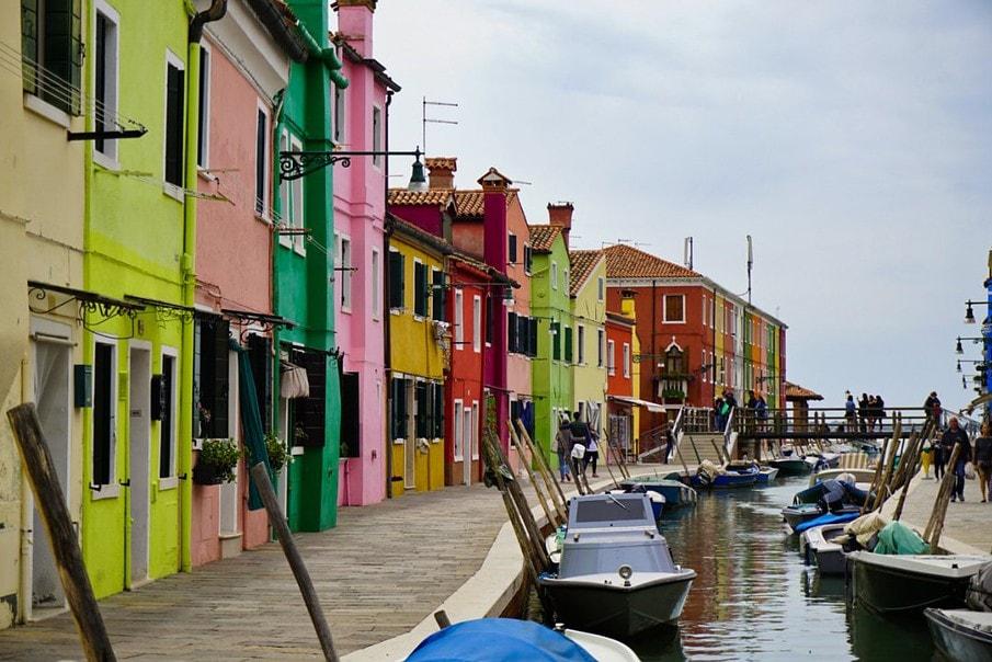 Burano, Venice, Italy – Experiencing the Globe