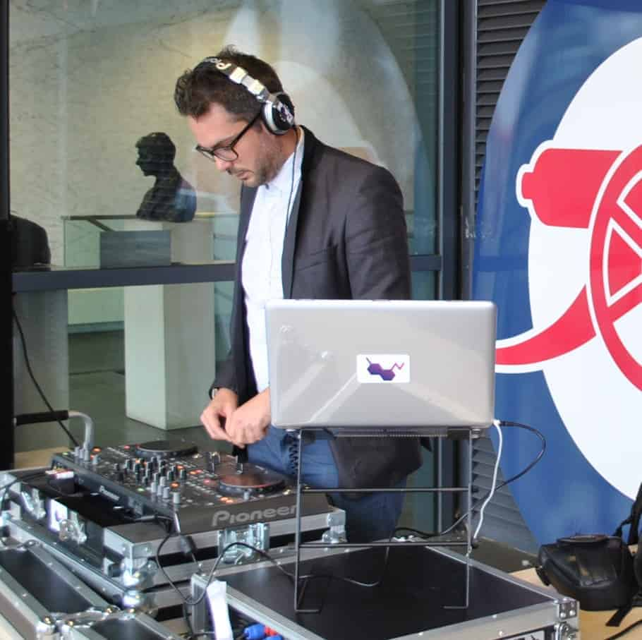 DJ Tom Hastings @ Arsenal Emirates Stadium