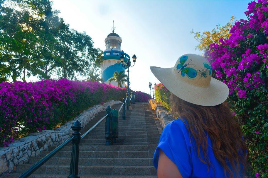 En el Faro en Guayaquil en el cerro santana