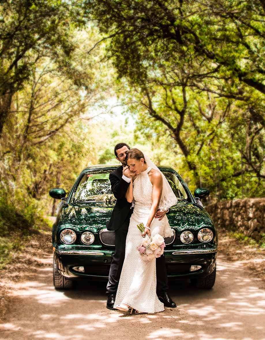 wedding photographer in Mallorca car