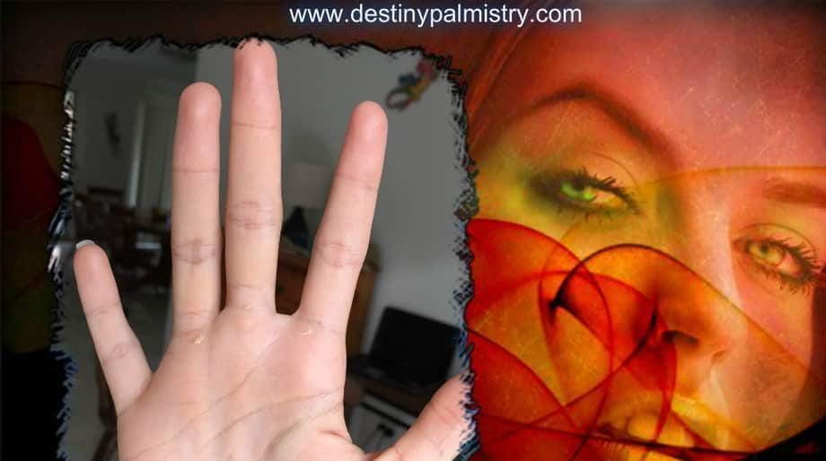 what shows a long life from the palms, low set pinkie, palm reading love, palm readings at home, online palm reading, learn palmistry, professional palmist. career in palmistry, small pinkie, small little finger, romantic personality in palmistry