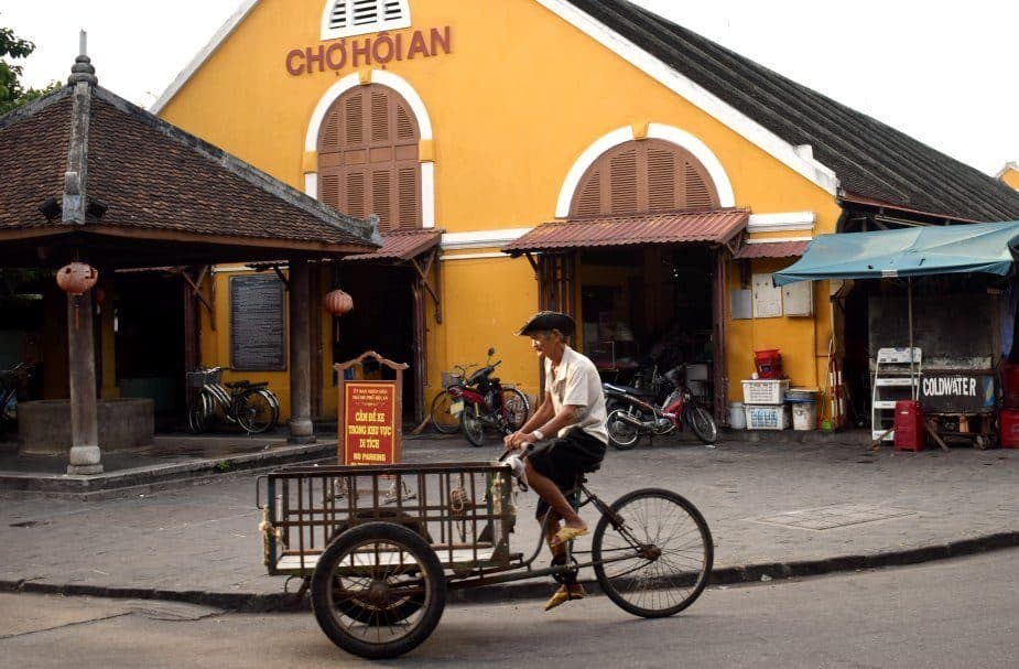 Hoi An Central Market Early Morning