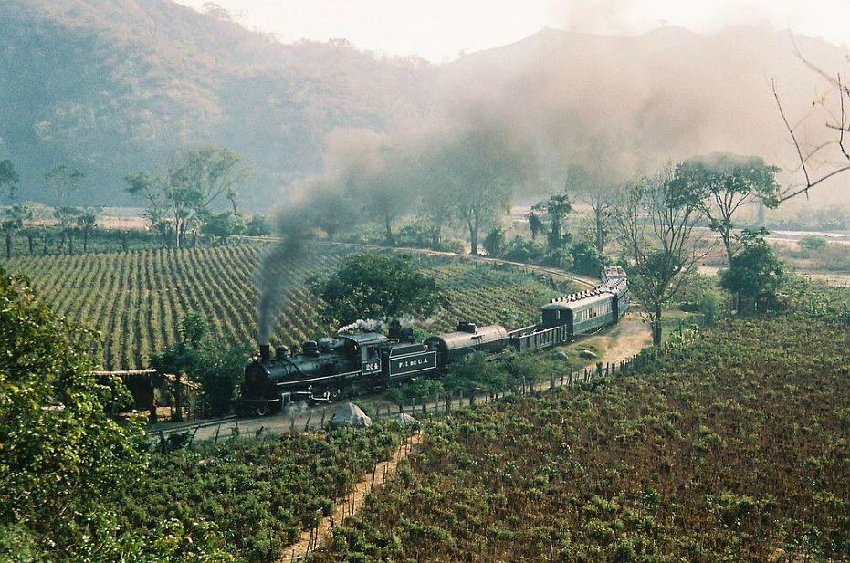 Ferrocarril del Norte en el Valle del Motagua