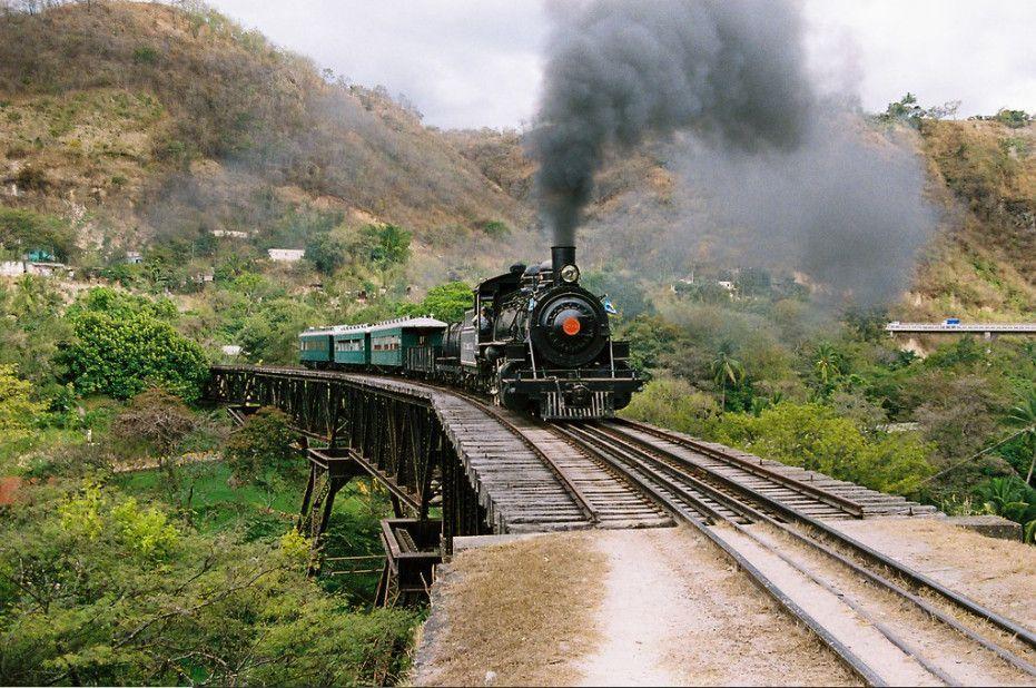 Ferrocarril del Norte en Agua Caliente