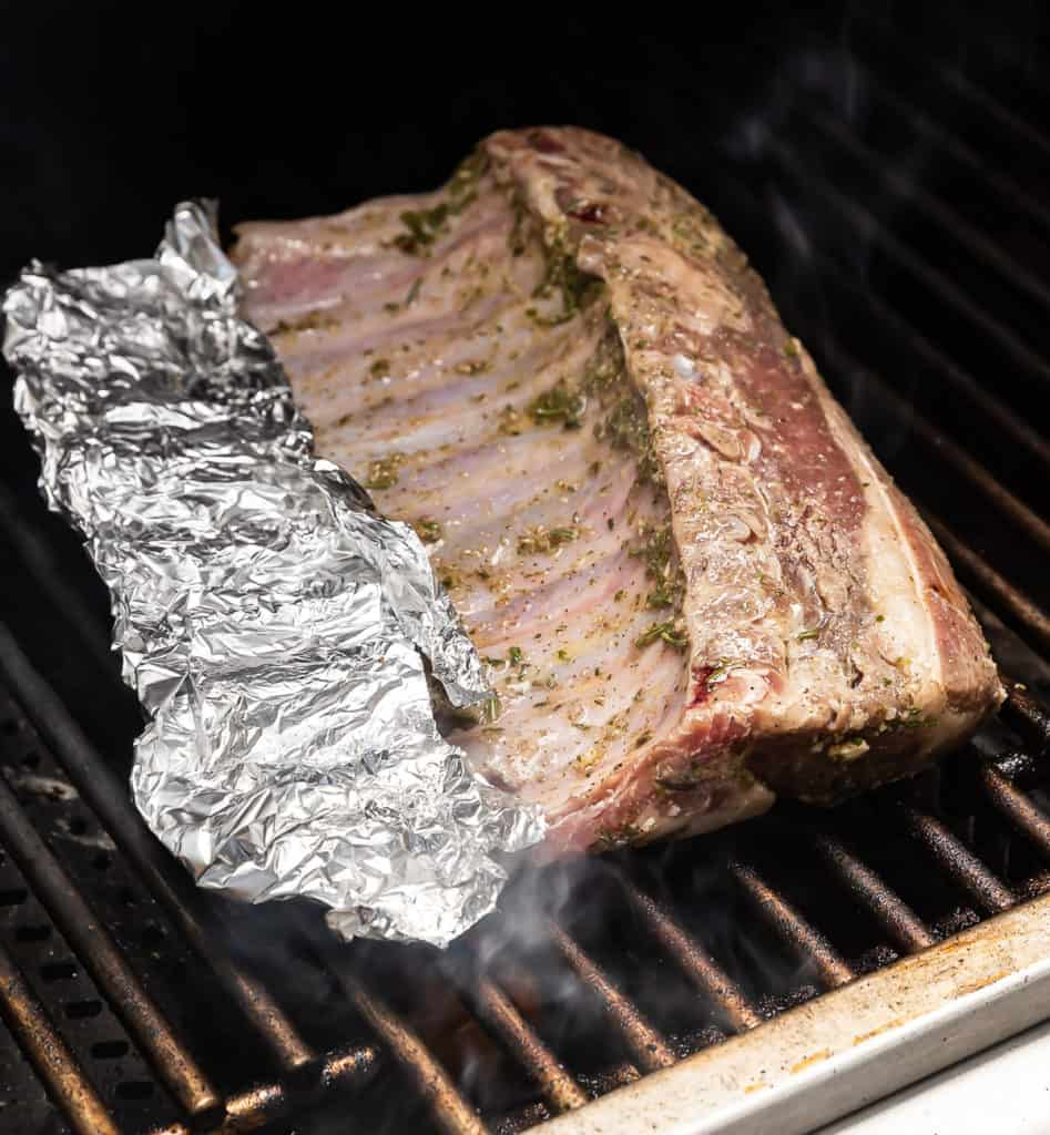 rack of lamb on the grill