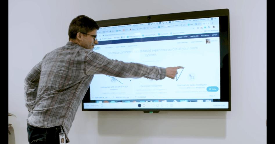 le tableau blanc interactif et le partage de contenu sans fil