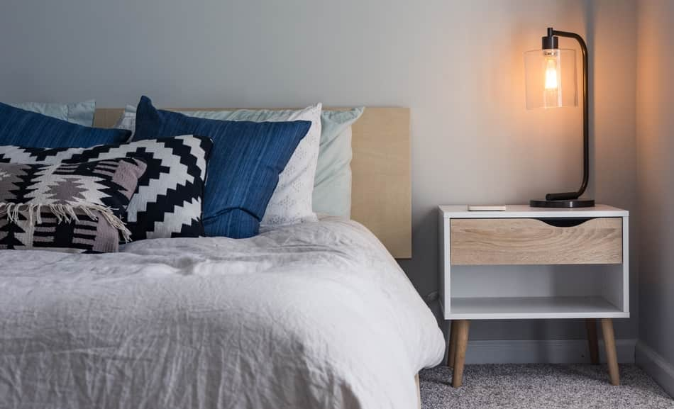 What is the Best Lighting for a Bedroom? Helpful Examples