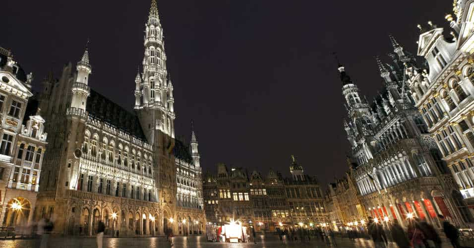 One day in Brussels - Panoramic View of Grand Place in Brussels