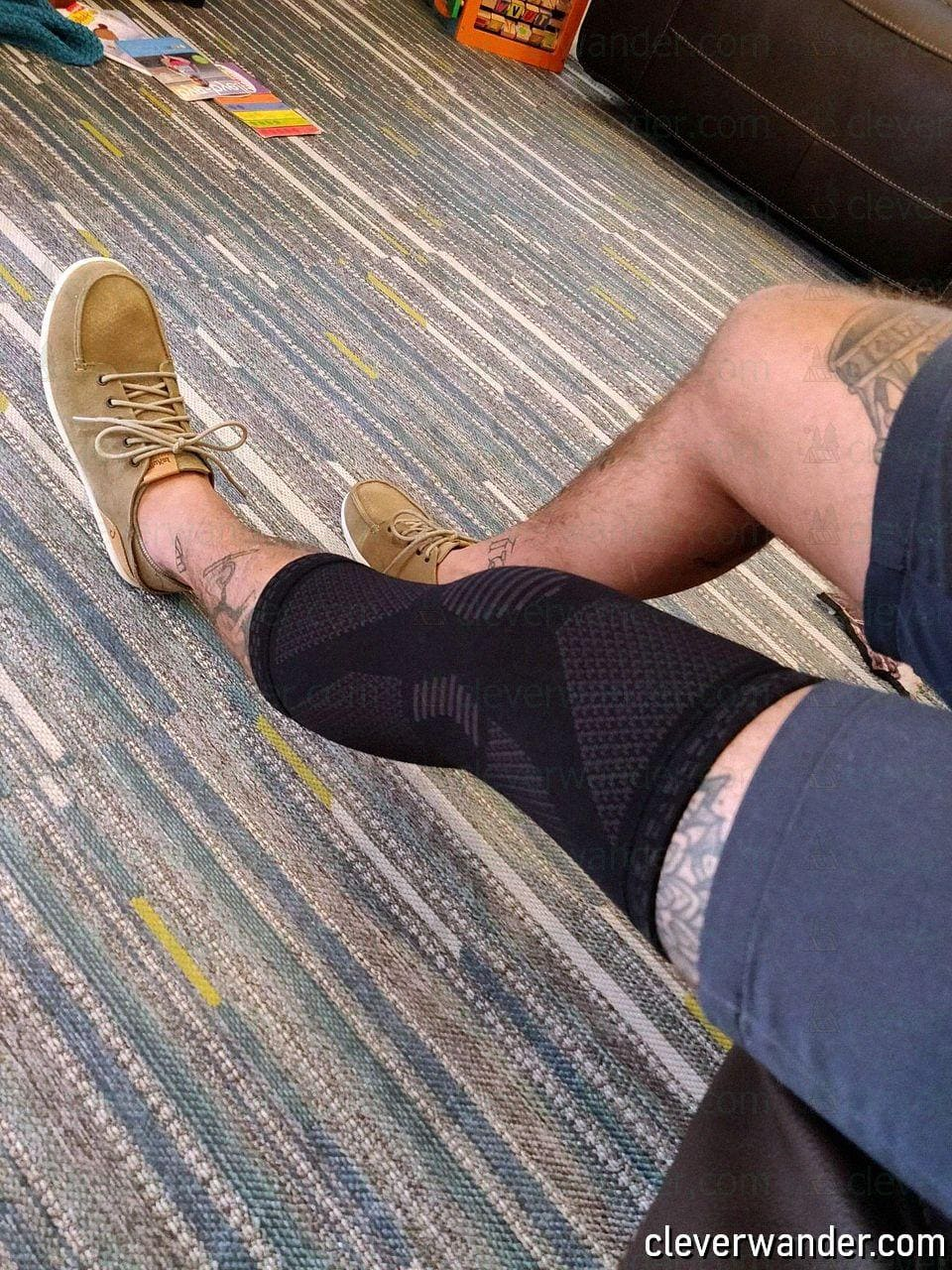 POWERLIX Knee Compression Sleeve - image review 4