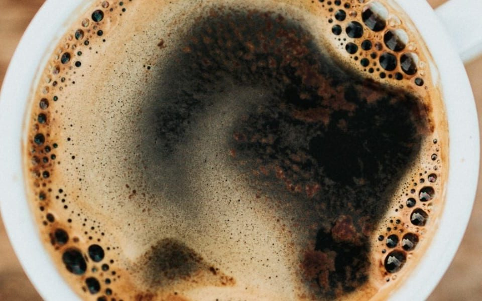 teeth stains caused by coffee
