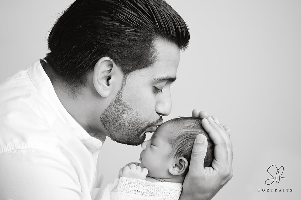 Newborn Photo Shoot Leicester, Father and Daughter