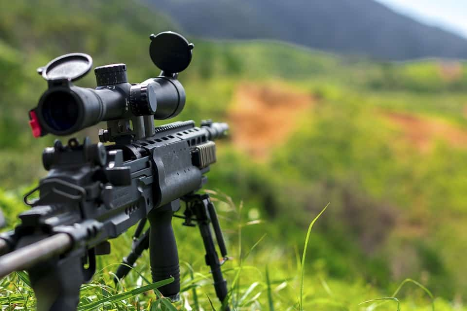 Choosing the Best 1000 Yard Rifle Scope - Editor's Picks for