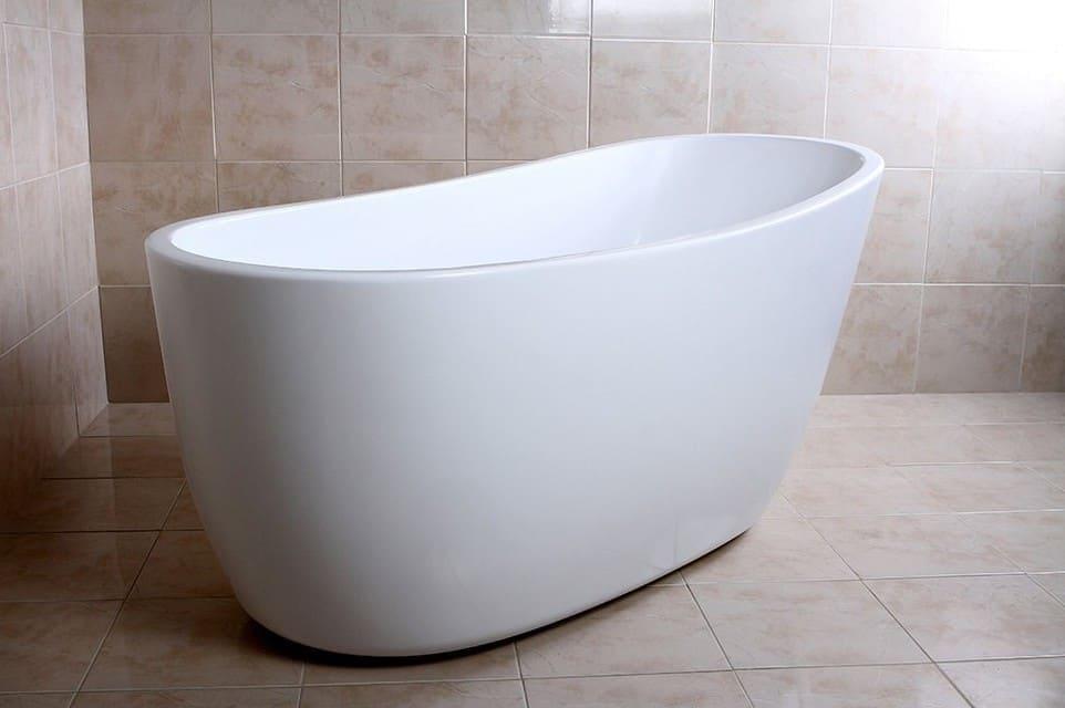 KINGSTON BRASS VTRS592928 59-Inch Contemporary Freestanding Acrylic Bathtub