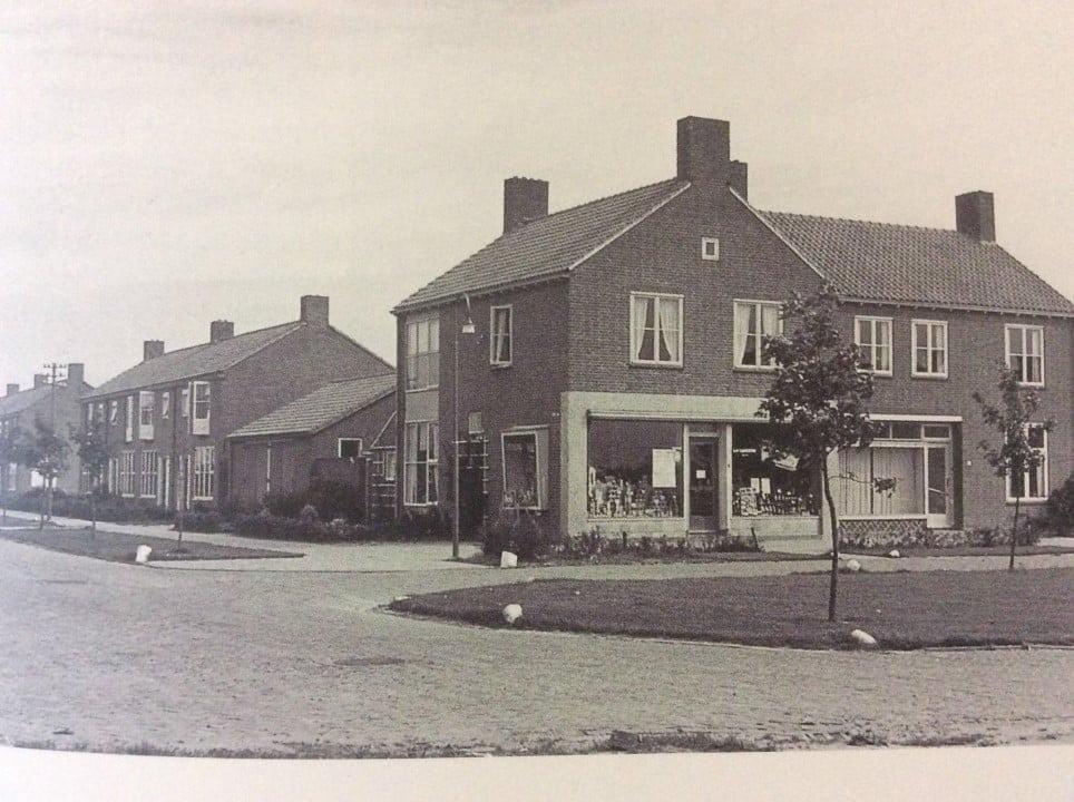 luttelgeest - Luttelgeest-Langebrink-en-kamplaan.-1954.jpg