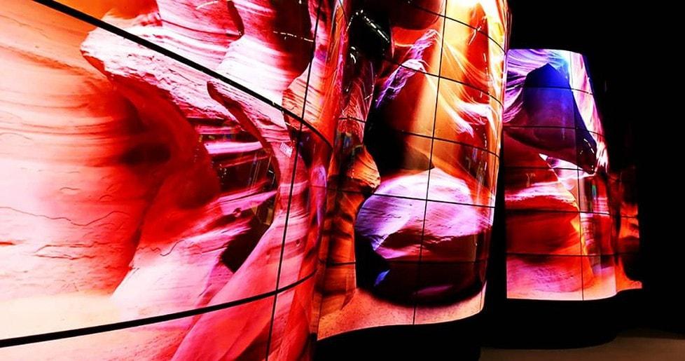 Изогнутые OLED дисплеи