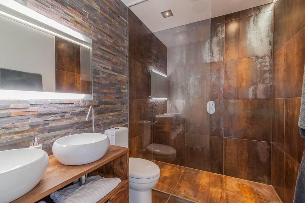 Bathroom - Rust